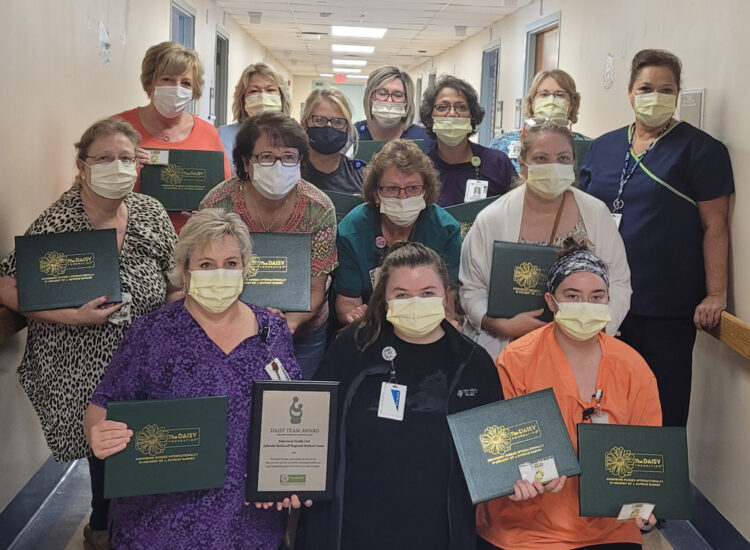 Behavioral Health Unite at Ephraim McDowell gathers to smile for the camera after receiving the DAISY Award.